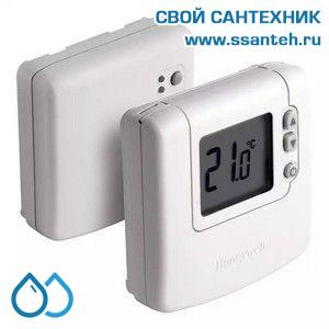 07030 Honeywell DT92A1004 Комнатный беспроводной электронный термостат, 5-35С, SPDT, 230В, 8(3)А, размытая логика
